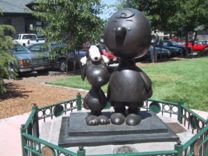 Snoopy Statue in Santarosa